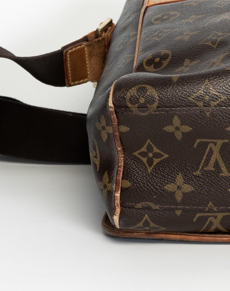 Women's or Men's Louis Vuitton Monogram Abbesses Messenger School Book Laptop Bag For Sale