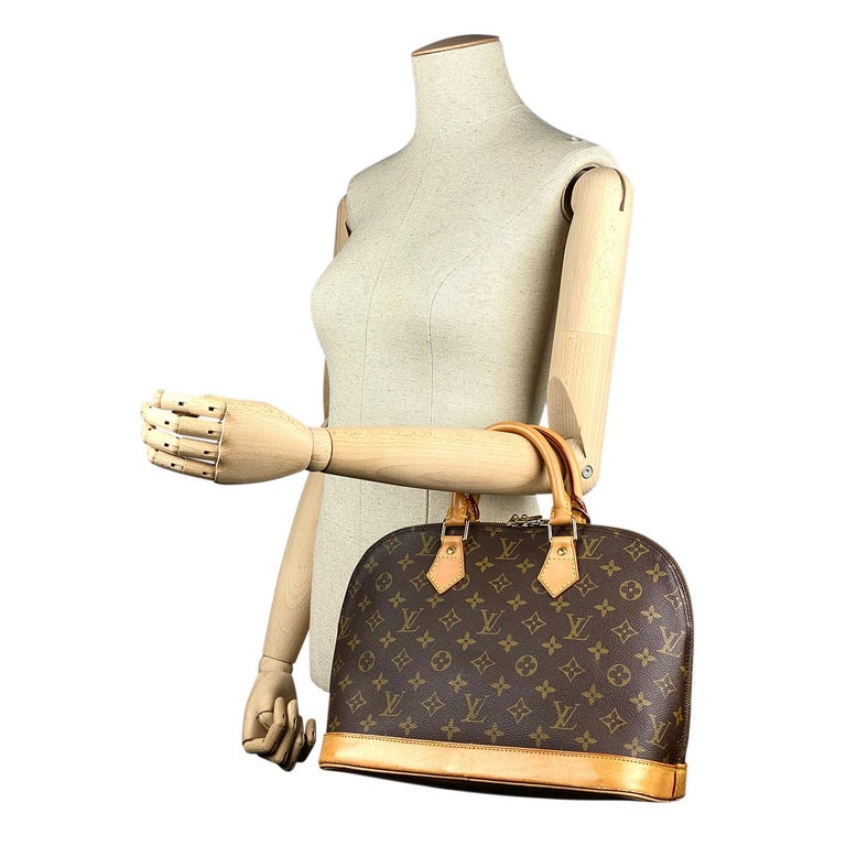 Women's Louis Vuitton Monogram Alma PM Handbag For Sale