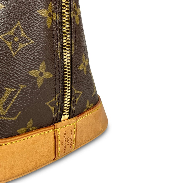 Louis Vuitton Monogram Alma PM Handbag For Sale 3