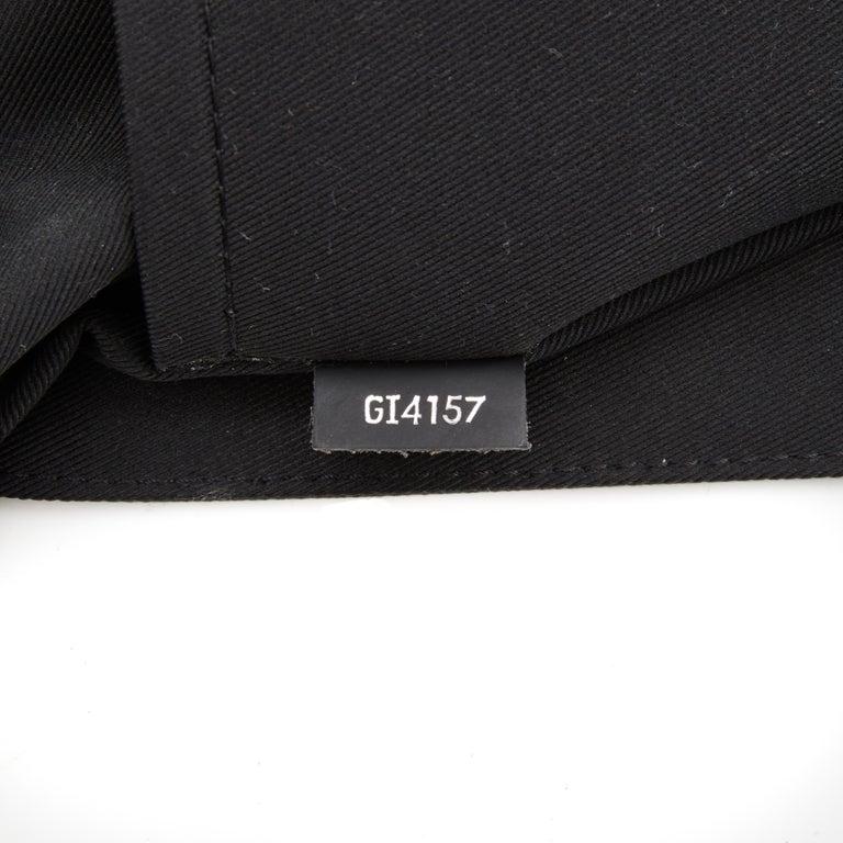 Louis Vuitton Monogram Black Eclipse District PM Messenger Bag (2017) For Sale 1