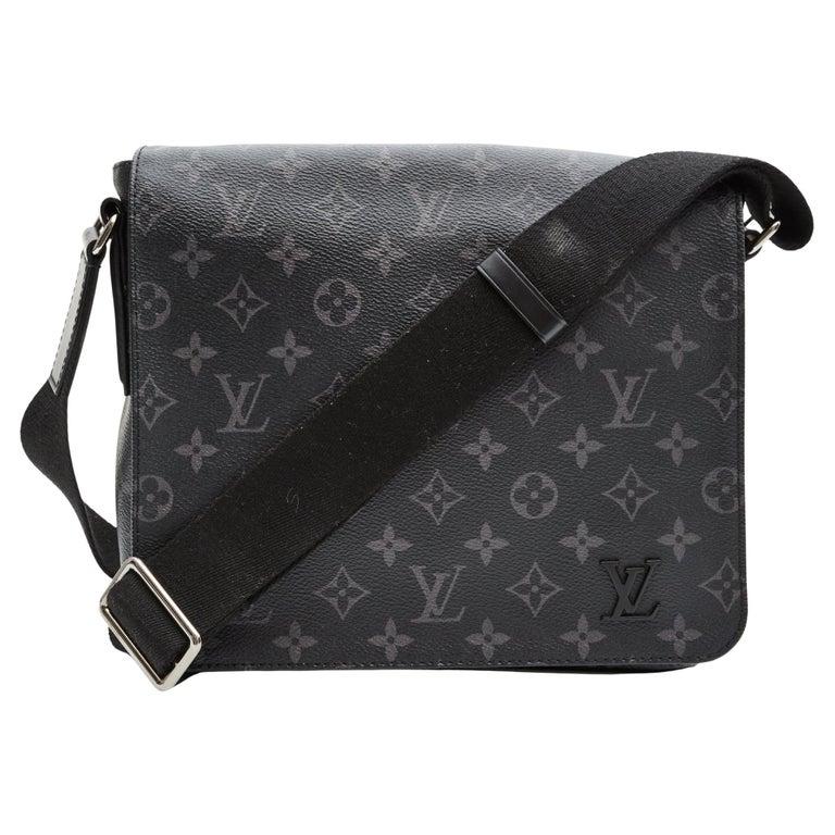 Louis Vuitton Monogram Black Eclipse District PM Messenger Bag (2017) For Sale