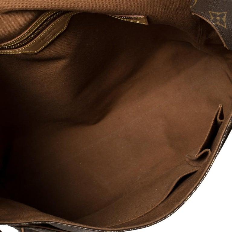 Louis Vuitton Monogram Canvas Abbesses Messenger Bag For Sale 7