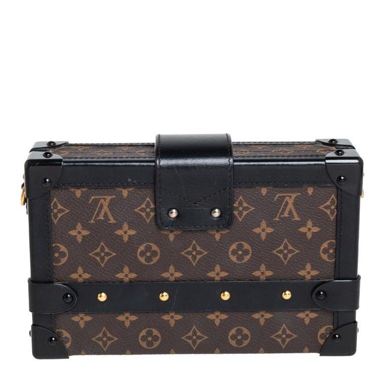 Louis Vuitton Monogram Canvas and Leather Petite Malle Bag In Good Condition For Sale In Dubai, Al Qouz 2