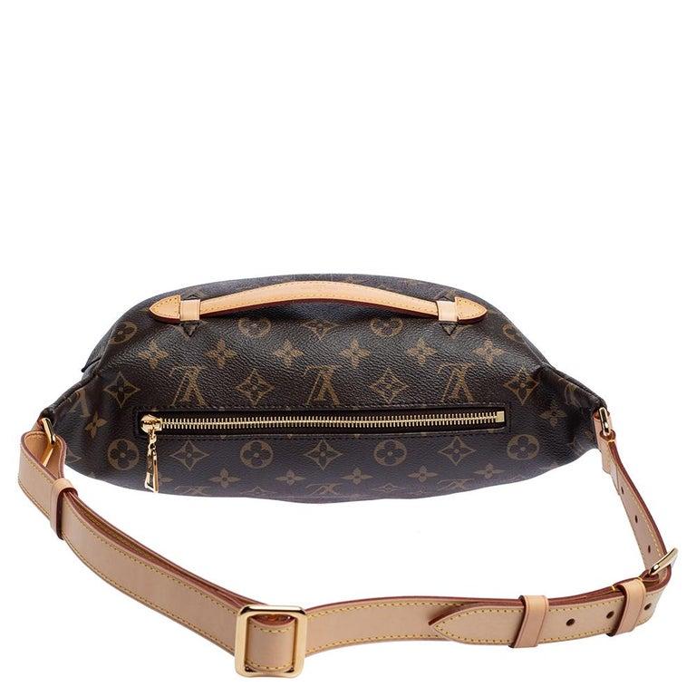 Women's Louis Vuitton Monogram Canvas Bumbag MM Belt Bag For Sale