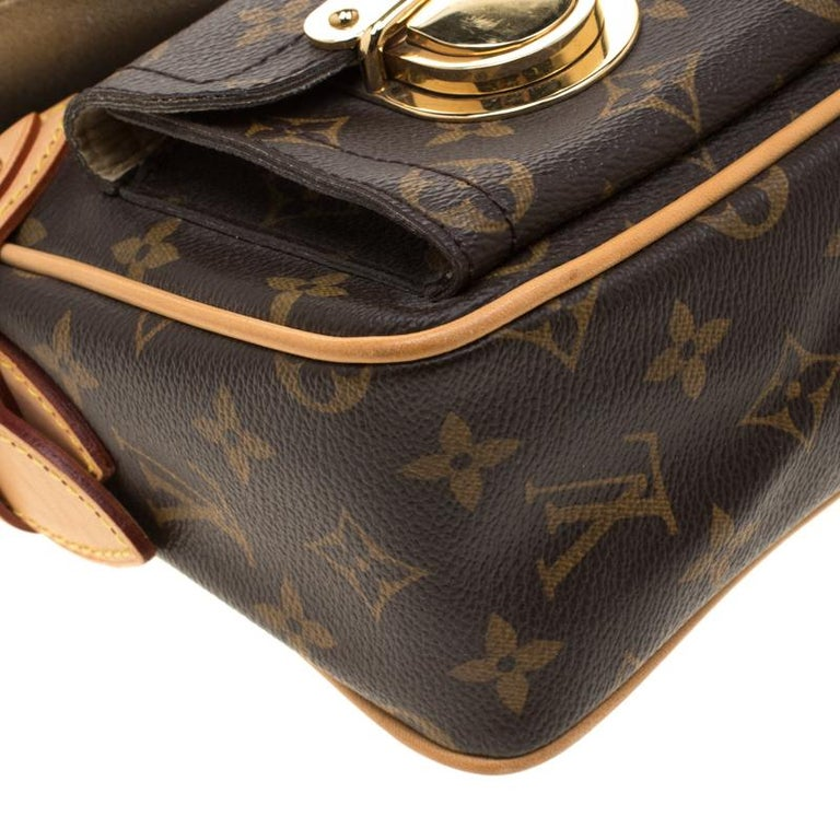 Louis Vuitton Monogram Canvas Hudson PM Bag For Sale 6