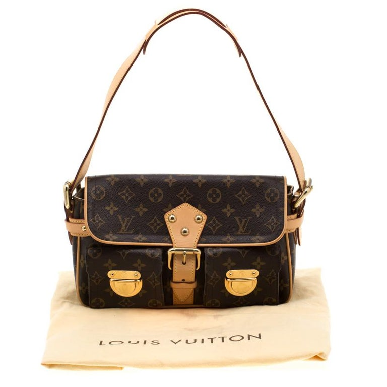 Louis Vuitton Monogram Canvas Hudson PM Bag For Sale 8