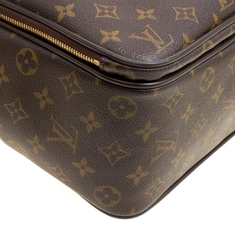 1f4f4e441dd5 Louis Vuitton Monogram Canvas Icare Computer Bag at 1stdibs