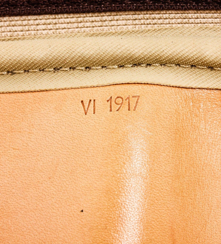 Louis Vuitton Monogram Canvas Leather Alize 2 Poches Luggage In Good Condition For Sale In Irvine, CA