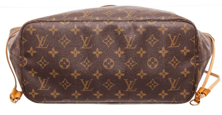 Women's Louis Vuitton Monogram Canvas Leather Neverfull MM Tote Bag For Sale