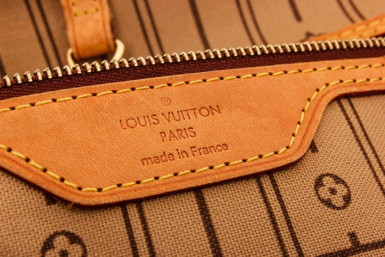 Louis Vuitton Monogram Canvas Leather Neverfull MM Tote Bag For Sale 1