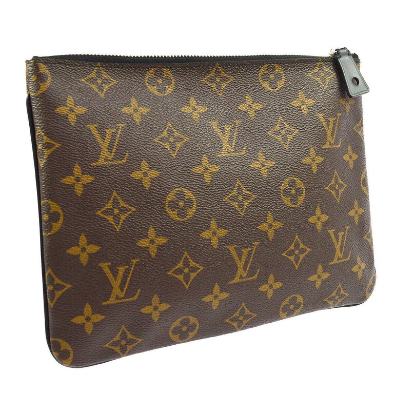 Louis Vuitton Monogram Canvas Leather Stripe Evening Pouch Clutch Bag In Good Condition For Sale In Chicago, IL
