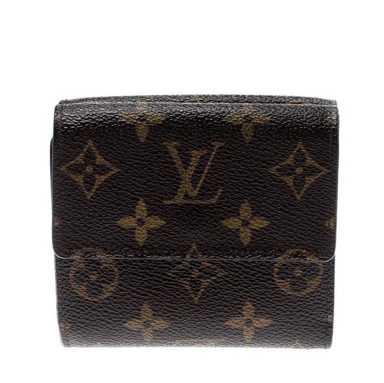 This Ludlow Wallet by Louis Vuitton helps you keep your essentials organised and secured in style. Crafted from signature monogram canvas, it features a flap closure that reveals a leather lined interior housing card slots and open pockets. It is