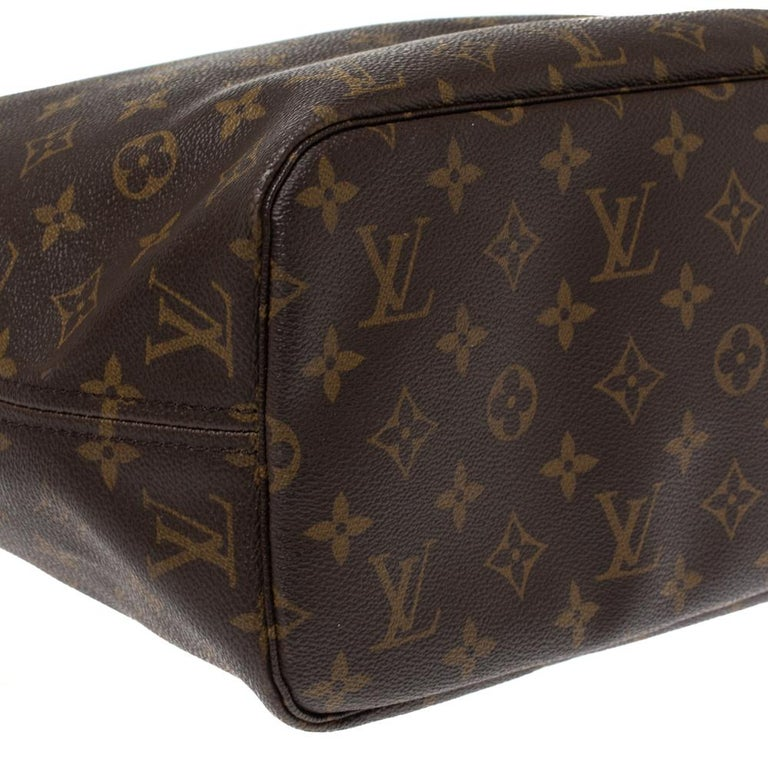 Louis Vuitton Monogram Canvas Neverfull MM Bag 1