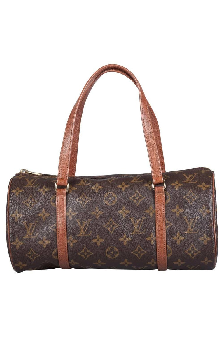 Another classic from the house of Louis Vuitton is this beautiful Papillon. The bag is made from monogram canvas, lending it the signature touch. The top zip closure opens to a roomy leather-lined interior that will safely keep your belongings and