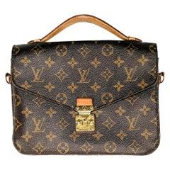 Louis Vuitton Monogram Canvas Pochette Metis Handbag