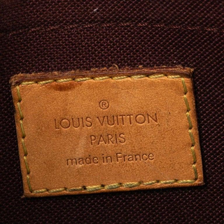 Louis Vuitton Monogram Canvas Saint Cloud Bag For Sale 7