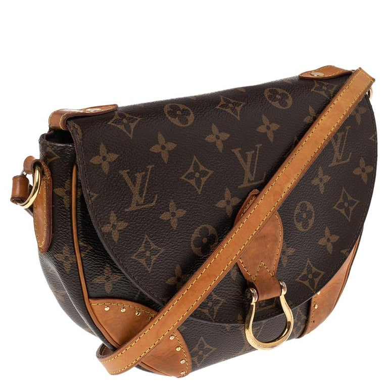 Louis Vuitton Monogram Canvas Saint Cloud Bag In Fair Condition For Sale In Dubai, Al Qouz 2