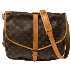 Louis Vuitton Monogram Canvas Saumur 35 Messenger Bag