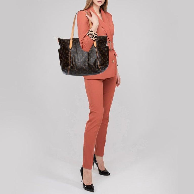 Black Louis Vuitton Monogram Canvas Totally MM Bag For Sale