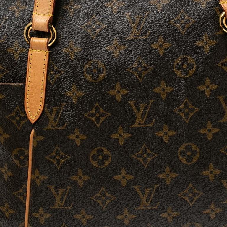 Louis Vuitton Monogram Canvas Totally MM Bag For Sale 3