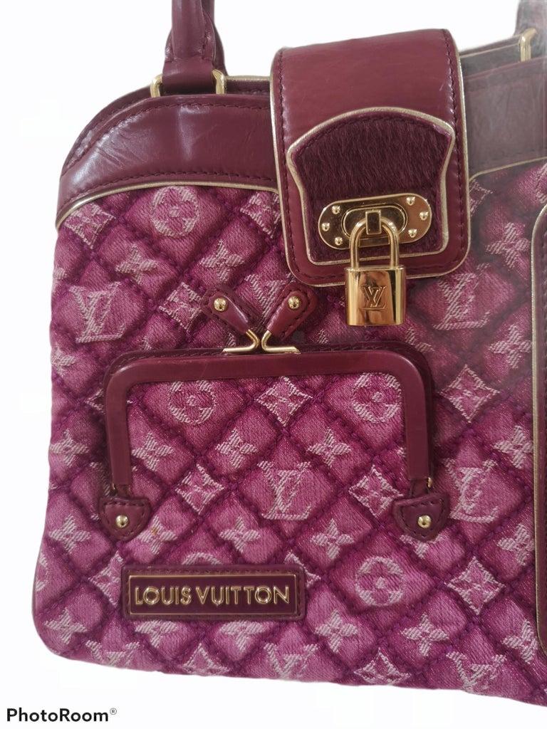 Women's Louis Vuitton monogram denim fuchsia Linda Limited edizion bag For Sale