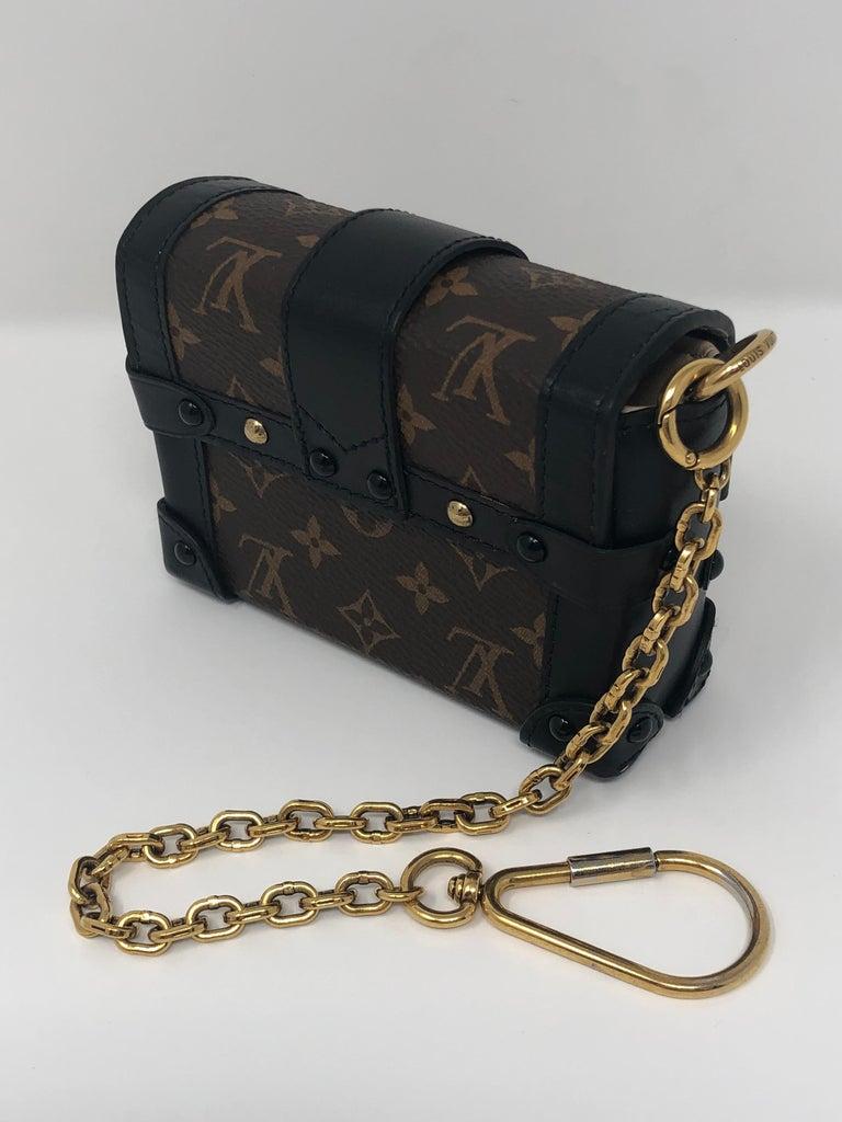 Louis Vuitton Monogram Essential Trunk Black