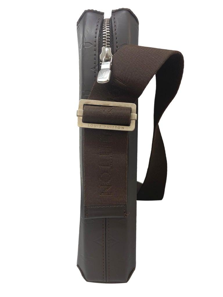 Women's or Men's Louis Vuitton Monogram Glace Bobby Messenger Cross-body Bag