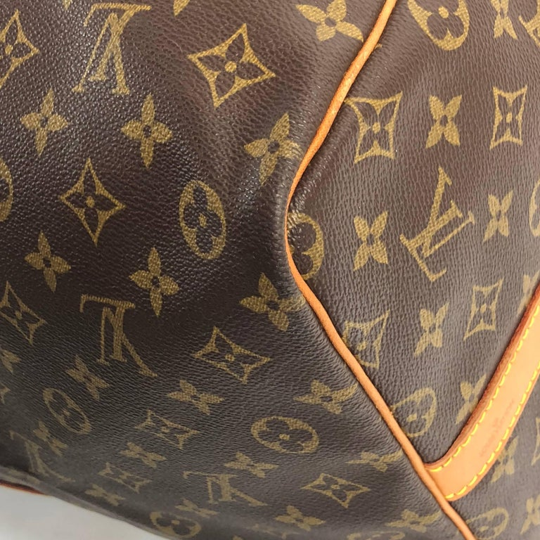 Louis Vuitton Monogram Keepall Bandoliere 60 Bag For Sale 5