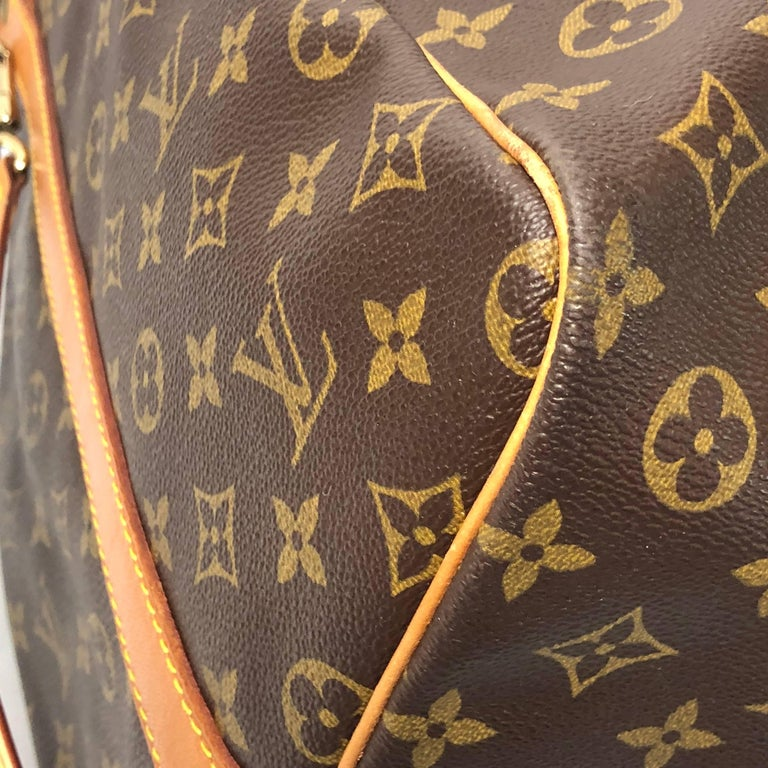 Louis Vuitton Monogram Keepall Bandoliere 60 Bag For Sale 4