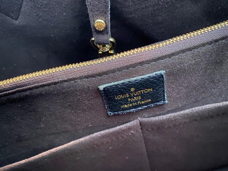 Louis Vuitton Monogram Kimono MM For Sale 8