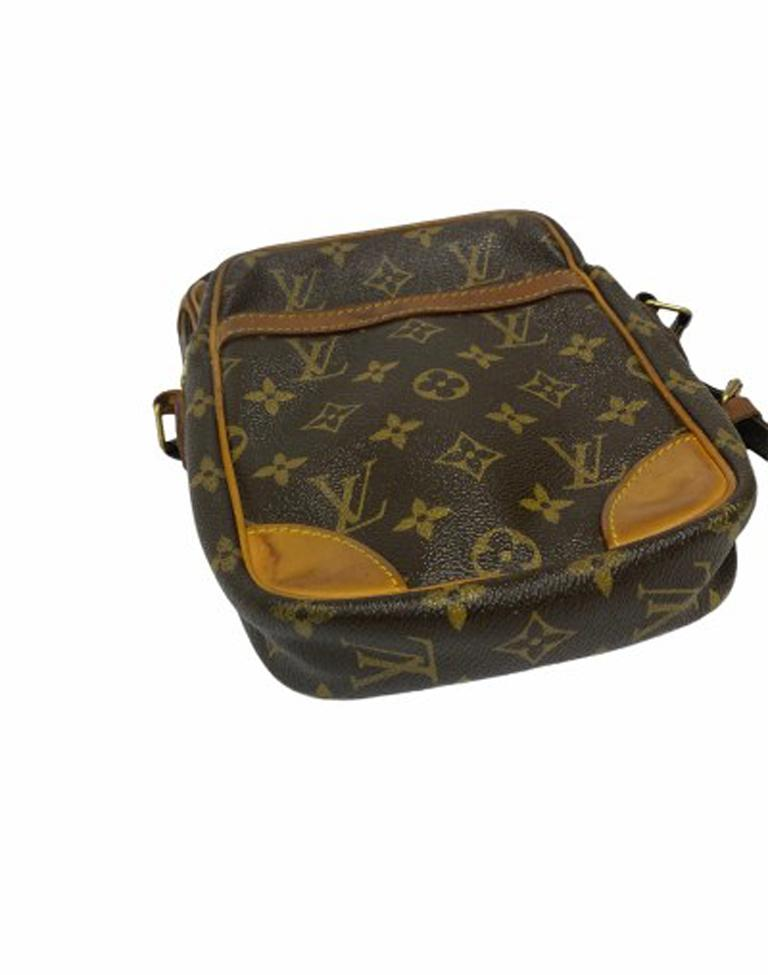 Louis Vuitton Monogram Leather Danube Bag For Sale 1