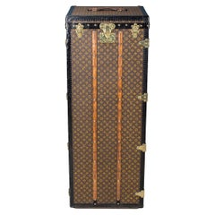 Louis Vuitton Monogram Malle Penderie Trunk, circa 1910