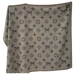 Louis Vuitton Monogram Marron Cashmere Plaid