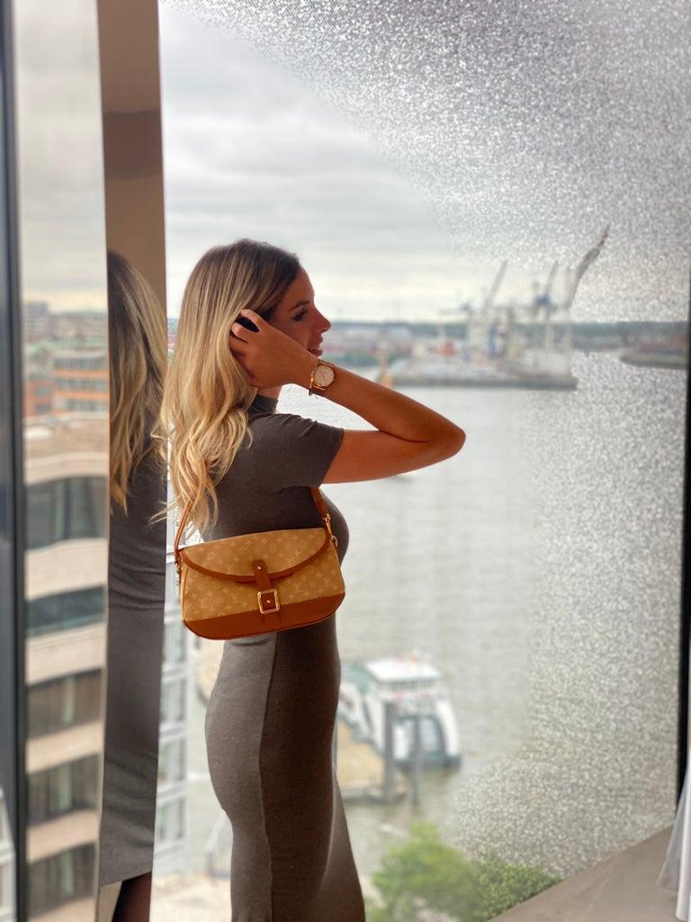 Louis Vuitton Monogram Mini Lin Marjorie Beige Shoulder Bag For Sale 8