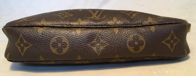 Women's Louis Vuitton Monogram Painted Daisies Pochette Accessoires Accessories Pouch For Sale