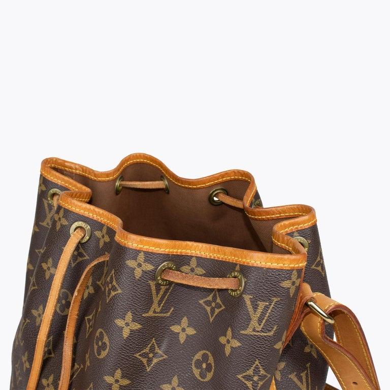 Louis Vuitton Monogram Petit Noé Bag For Sale 5