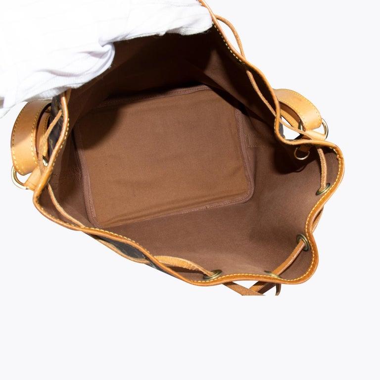 Louis Vuitton Monogram Petit Noé Bag For Sale 1
