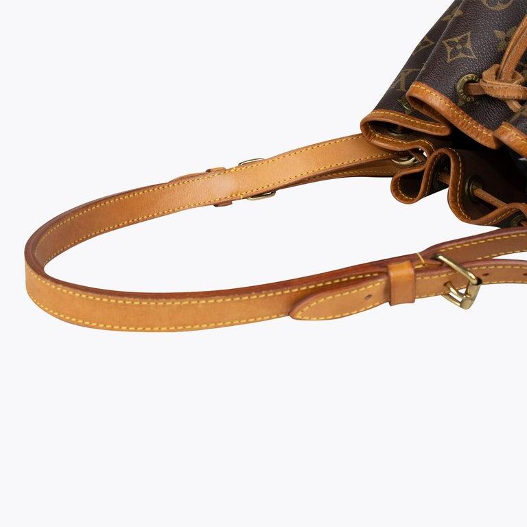 Louis Vuitton Monogram Petit Noé Bag For Sale 3