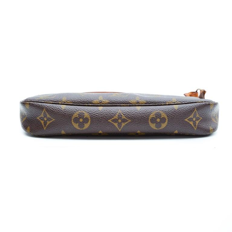 Black Louis Vuitton Monogram Pochette Accessories Bag 2001 For Sale