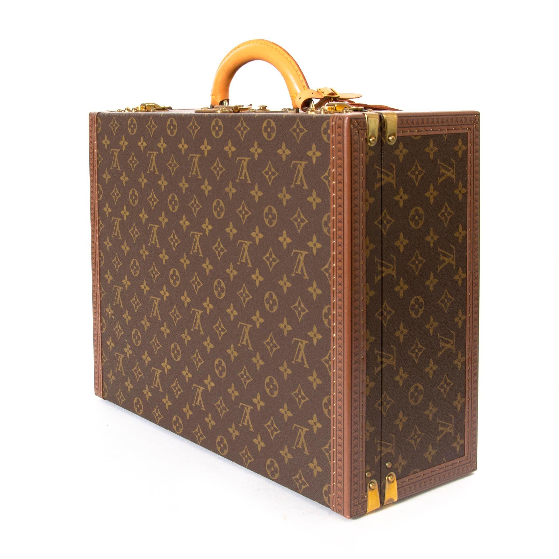 7c9c3b9badc7e Louis Vuitton Monogram Präsident 45 Stamm im Angebot bei 1stdibs