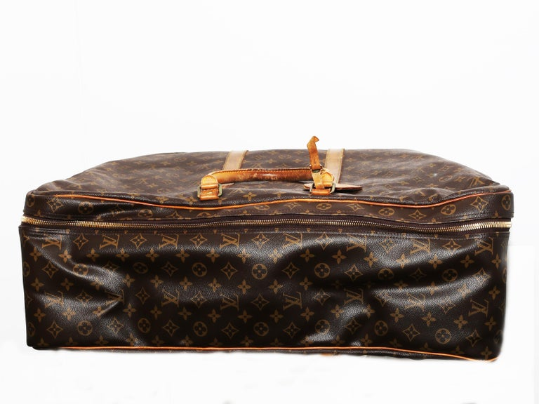 Women's or Men's Louis Vuitton Monogram Sirius Suitcase 70cm Luggage Weekender Travel Bag 80s For Sale