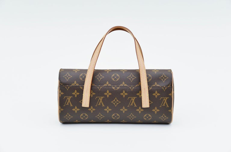 From the collection of Savineti we offer the Louis Vuitton Sonatine: -Brand: Louis Vuitton -Model: Sonatine  -Year: 2009 -Code: MI0069 -Condition: good -Materials: Brown Monogram Canvas/Cowhide Leather Trim -       Interior: Main compartment