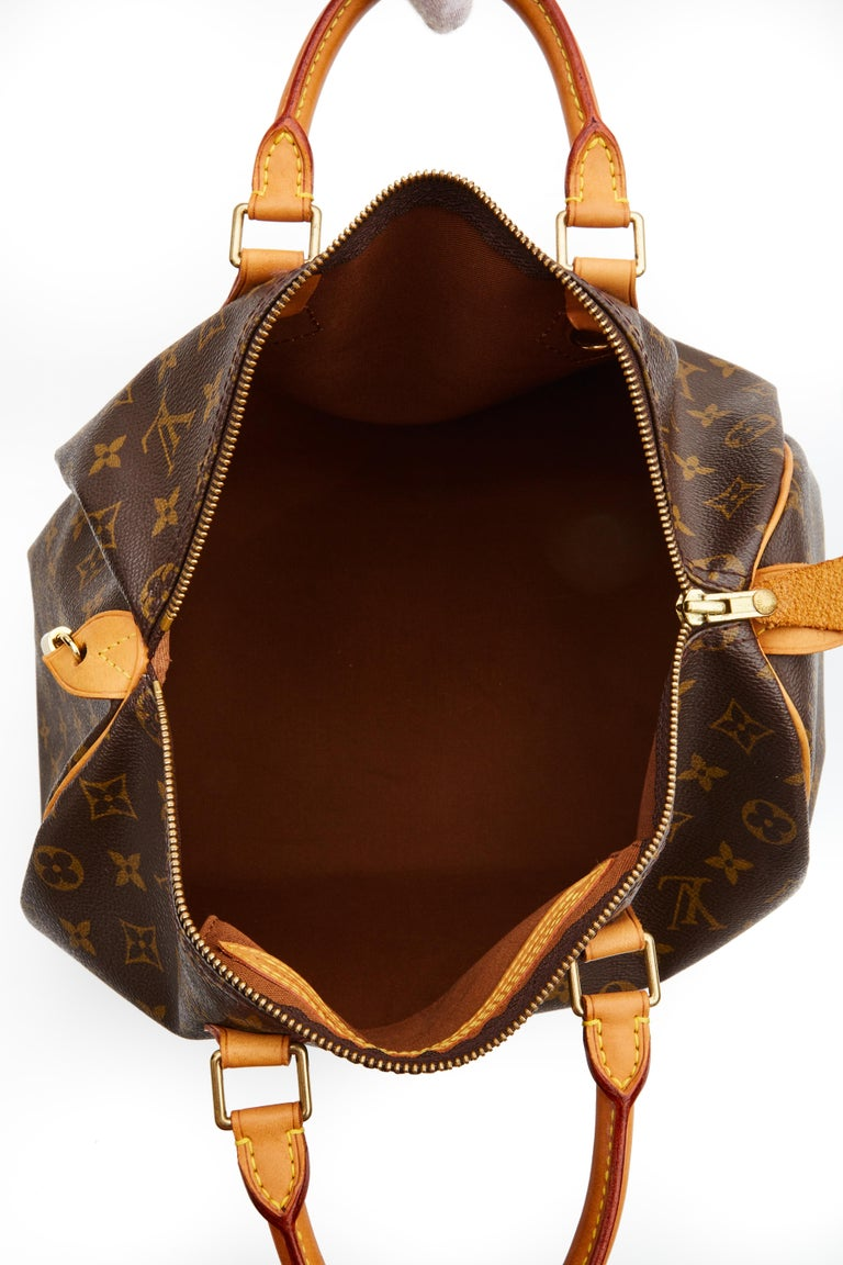 Women's Louis Vuitton Monogram Speedy 35 Handbag (2002) For Sale