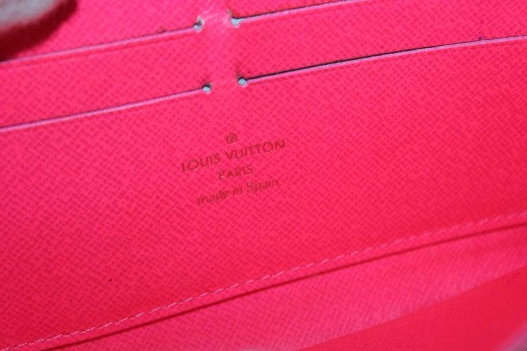 Women's LOUIS VUITTON Monogram Stephen Sprouse Graffiti Zippy Wallet Fuchsia