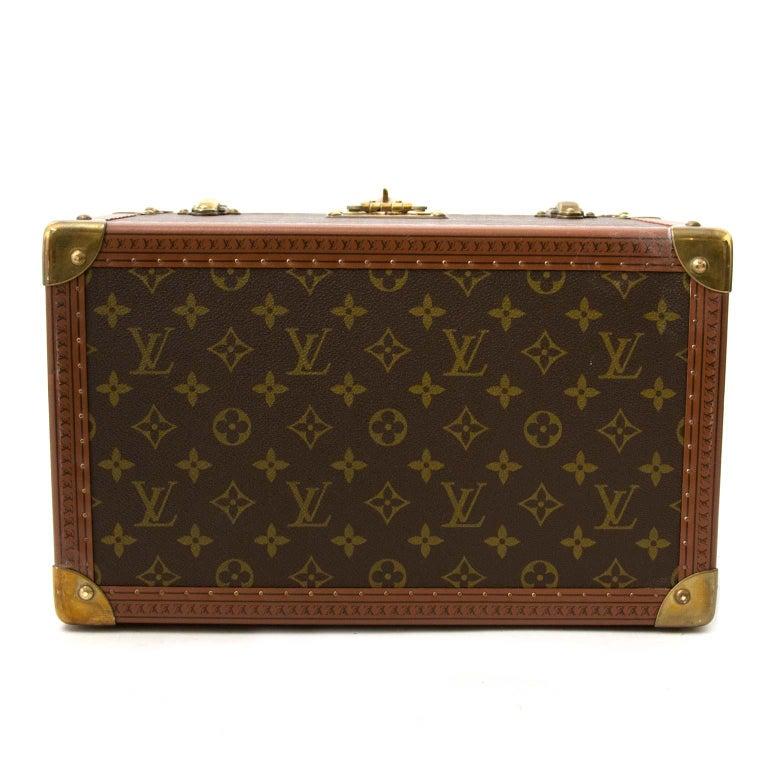 Women's or Men's Louis Vuitton Monogram Travel Trunk Case For Sale