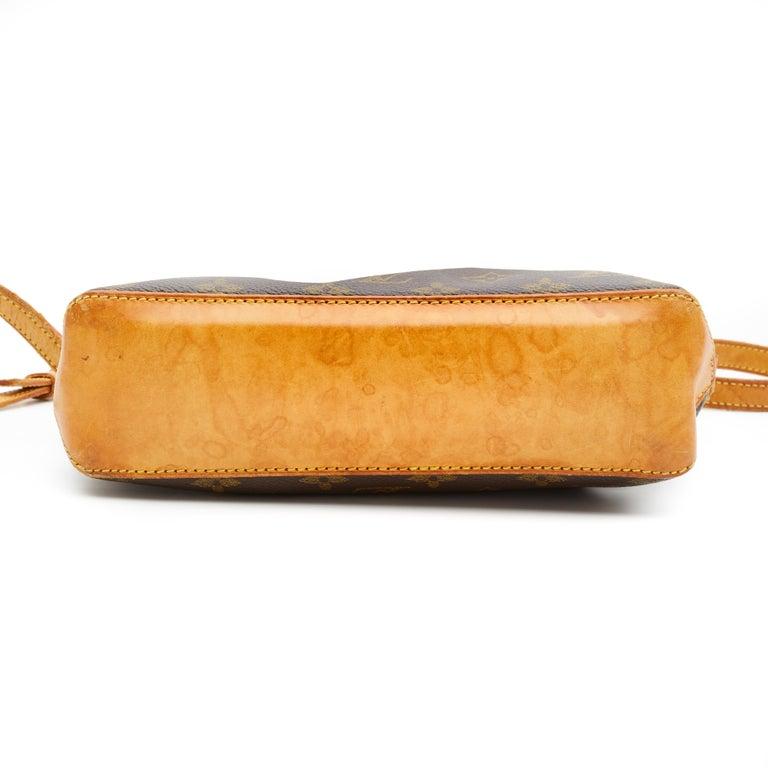 Brown Louis Vuitton Monogram Troutter Shoulder Bag For Sale