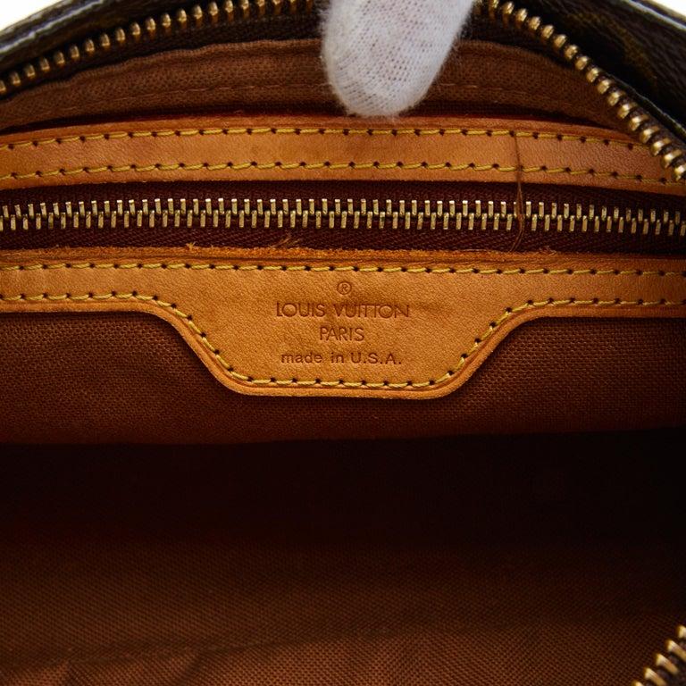 Women's Louis Vuitton Monogram Troutter Shoulder Bag For Sale