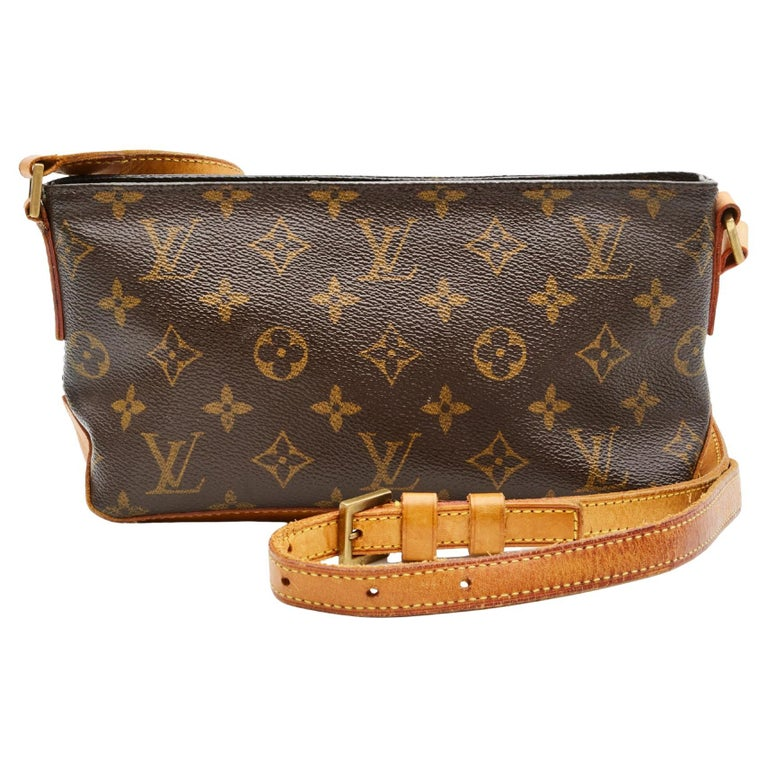 Louis Vuitton Monogram Troutter Shoulder Bag For Sale