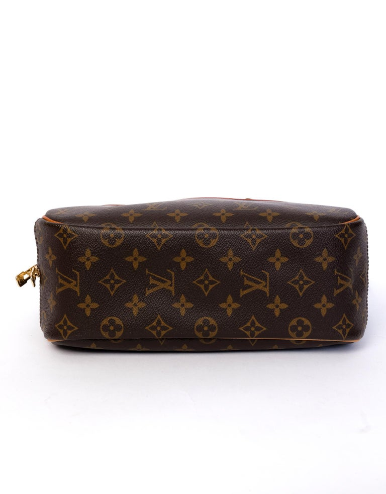 Louis Vuitton Monogram Trouville Bag In Good Condition For Sale In Montreal, Quebec