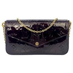 Louis Vuitton Monogram Vernis Amaranth Leather Félicie Pochette Clutch Bag